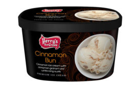 Cinnamon Bun Ice Cream Perry's
