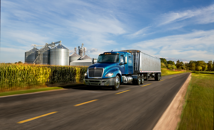 Over The Road Tractors : Class over the road tractor delivers new levels of fuel