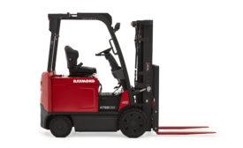 Raymond 4750 sit-down truck