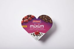 MIXMI heart Greek yogurt