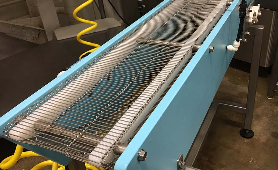 DynaClean metal belt conveyor